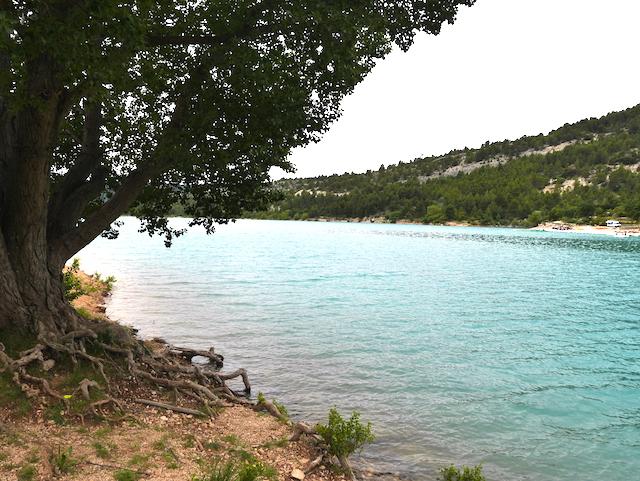 Visiter Moustiers Sainte-Marie Lac de Ste Croix