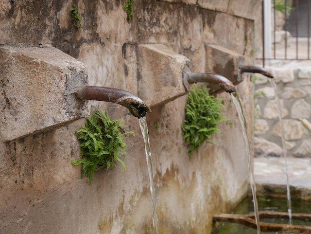 Fontaine Moustiers Sainte-Marie